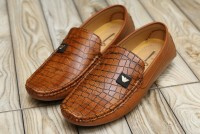 Comfortable Stylish Men's Loafers Brown in Pakistan