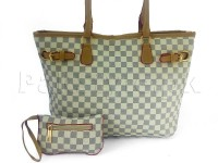 Women's Tote Bag with Mini Pouch in Pakistan